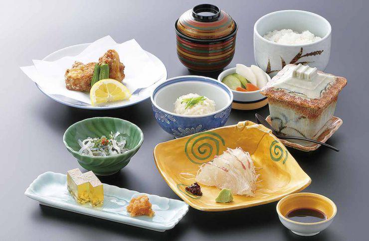 下関市のランチ | ふぐ処 喜多川| ふくふく御膳