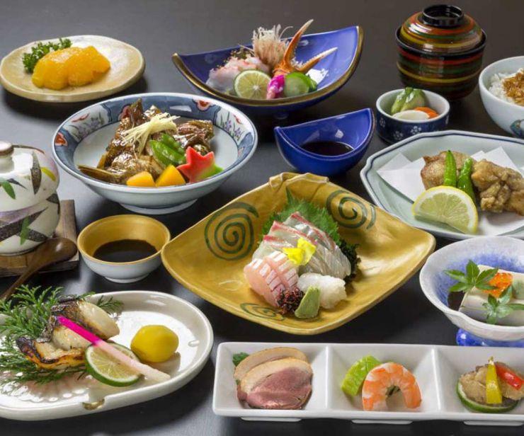 下関市 ふく処喜多川  祝 宴会 法要 四季の会席料理